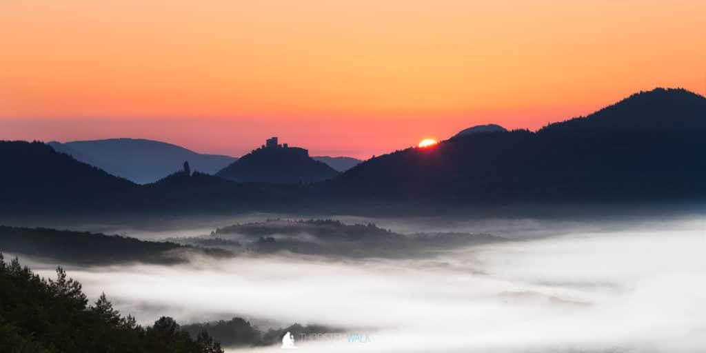 Sonnenaufgang Rötzenstein Trifels